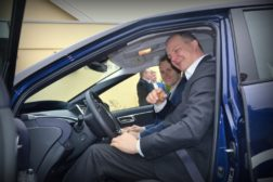 Here drives the Minister of hydrogen cars (OREEC 21.03.2017)